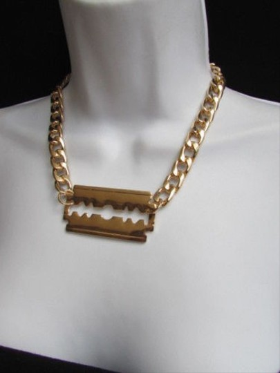 Other Women Gold Necklace Razor Shaver Pendant Trendy Design Wide Chains