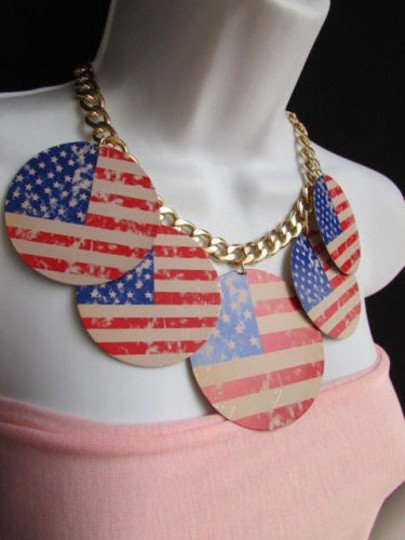 Other Women Chunky Gold Metal Necklace United States American Flags Pendants