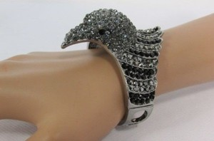 Other Women Eagle Head Bird Fashion Bracelet Silver Black Blue Hot Pink
