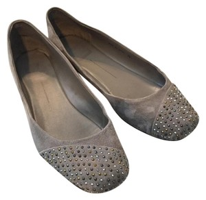 Dolce Vita Faux Suede Suede Grey/Taupe Flats