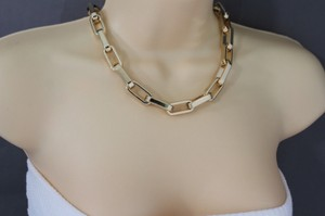 Women Gold Lightweight Plastic Chunky Chain Links Short Necklace Choker