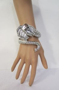 Other Women Silver Fashion Metal Cuff Elephant Head Bracelet Rhinestones