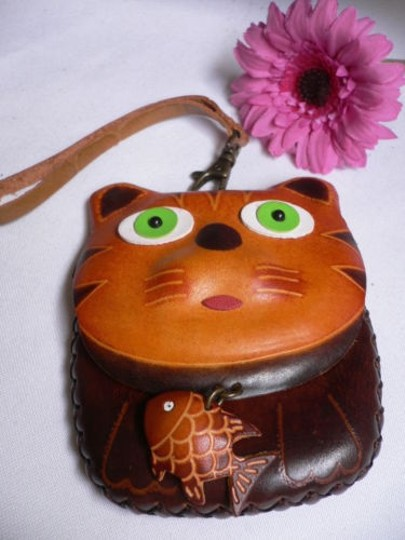 Other Women Brown Cat Purse Coin Bag Genuine Leather Fish Key Chain Two