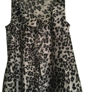 Kenneth Cole Top Grey Leopard Print
