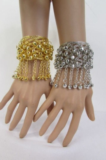Preload https://img-static.tradesy.com/item/1931336/women-silver-gold-cuff-chains-bells-dancing-bracelet-0-0-540-540.jpg