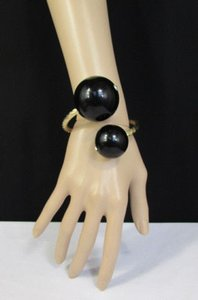 Other Women Gold Metal Cuff Fashion Bracelet White Black Pink Two Big Balls