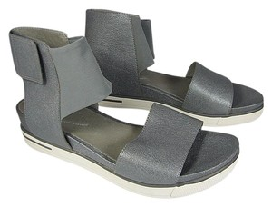 Eileen Fisher Sport Flat silver Sandals