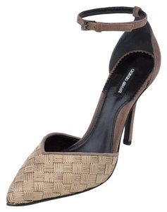 Giorgio Armani Armani D'orsay Pointed Toe High-end Beige Brown Pumps