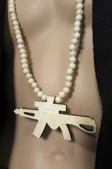 Other Men Long Wood Thick Beads Fashion Necklace Big Hand Gun M16