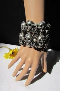 Women Bracelet Fashion Antique Silver Cuff Skulls Roses Jewelry Flowers Bead