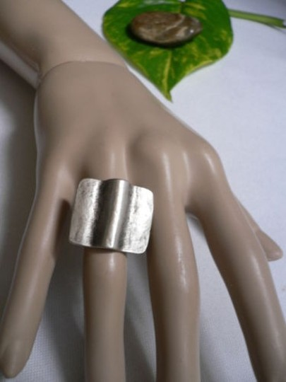 Other Women Silver Metal African Style Wave Fashion Ring Adjustable
