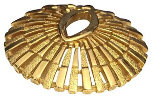 Trifari Crown Trifari Gold Circle Brooch