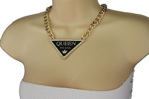Women 10 Gold Chains Metal Fashion Necklace Queen Milano Pendant Set