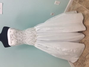 Alfred Angelo 2504w Wedding Dress