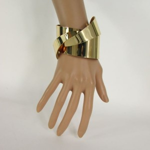 Women Shiny Gold Twisted Metal Cuff Wave Bracelet Fashion Jewelry Chic