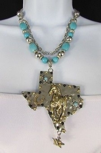Preload https://img-static.tradesy.com/item/1931626/turquoise-blue-women-silver-chains-beads-big-state-texas-star-necklace-0-0-540-540.jpg