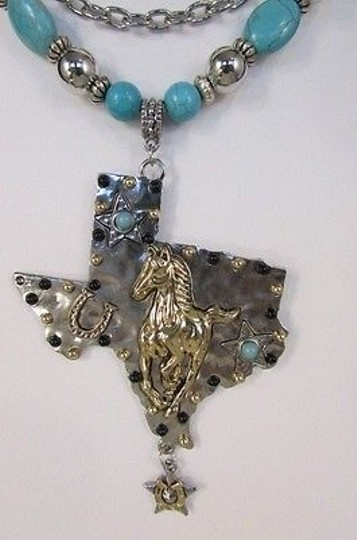 Other Women Silver Chains Necklace Turquoise Beads Big State Texas Star Horse Shoe