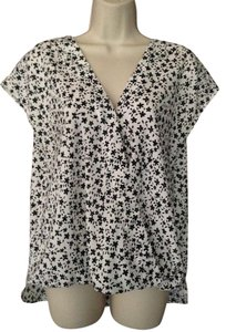 Ann Taylor Top Black-White