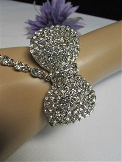 Other Women Silver Rhinestones Slave Ring Fashion Bow Bracelet Metal Hand Chains