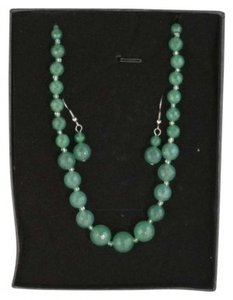 Unknown Beautiful Jade Necklace and Earring set