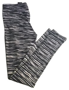 Divided by H&M Zebra print Leggings