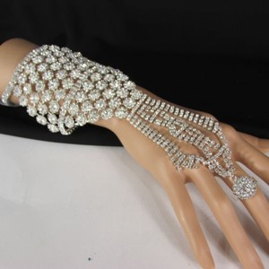 Other Women Silver Rhinestones Slave Ring Statement Fashion Bracelet Hand Chains
