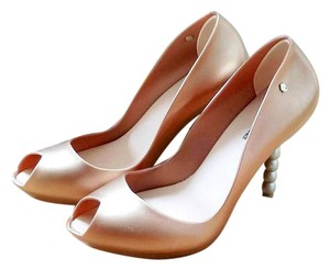 Melissa Karl Lagerfeld Rubber Scented Pearl Pink Pumps