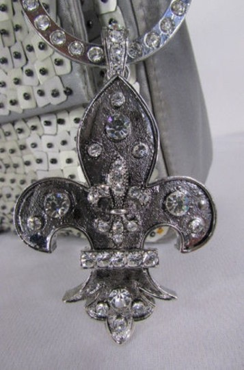 Other Women Fashion Silver Metal Scarf Necklace Pendant Charm Fleur De Lis Flower