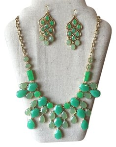 Stella & Dot Stella and Dot Emeral Statement set