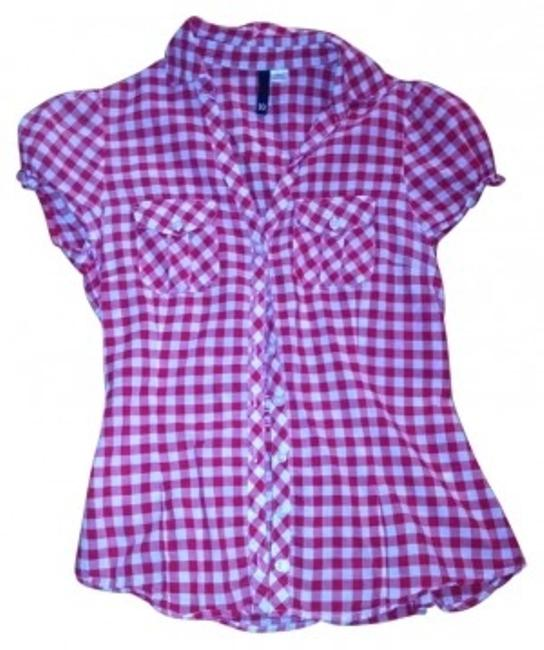 Preload https://item4.tradesy.com/images/divided-by-h-and-m-red-and-white-checker-cute-summer-button-down-top-size-10-m-193178-0-0.jpg?width=400&height=650