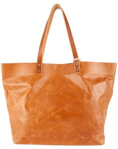 Stash Tote in Saddle Tan