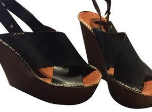 Chlo Black and tan Wedges