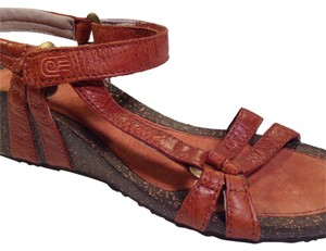 Teva Orange, Brown Wedges