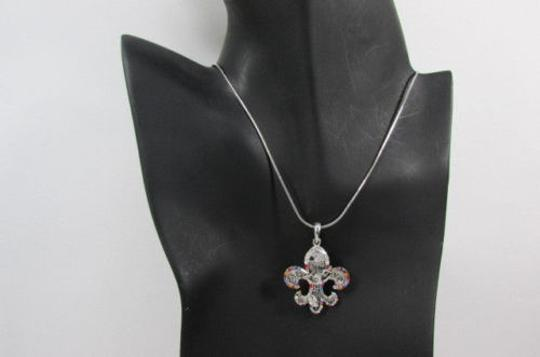 Other Women Silver Metal Fashion Necklace Fleur De Lis Lily Flower Bull Colorfull