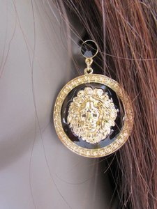 Other Women Earring Set Fashion Jewelry Gold Black Metal Big Round Lion Face Head