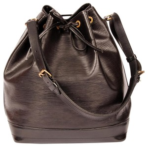 Louis Vuitton Noe Leather Tote in Black