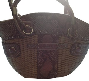 Guess Great Condtion Details Plus And Skin Look Shoulder Bag