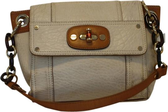 Preload https://item3.tradesy.com/images/milly-millie-allie-purse-vanilla-with-luggage-trim-leather-shoulder-bag-1932267-0-0.jpg?width=440&height=440