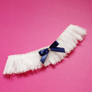 Brand New Wispy Ethereal Cream Garter