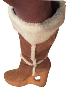 Michael Kors Camel suede and off white accents Boots