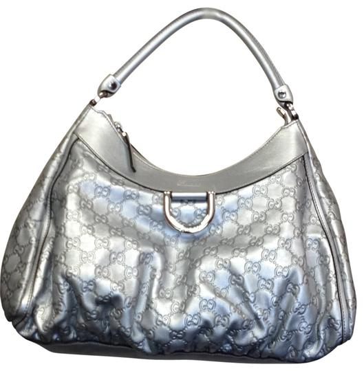 Preload https://item5.tradesy.com/images/gucci-silver-hobo-bag-193249-0-0.jpg?width=440&height=440