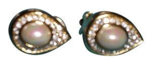 Dior Christian Dior Teardrop Crystal / Pearl Clip-On Earrings