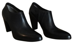 CoSTUME NATIONAL Black Pumps