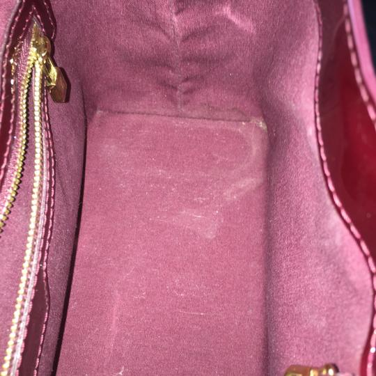 Louis Vuitton Wilshire Vernis Satchel in Rouge Fauviste Image 6
