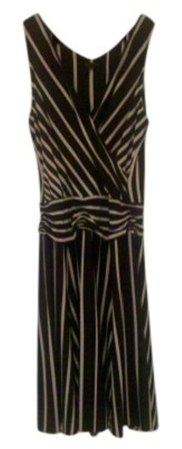 Preload https://img-static.tradesy.com/item/19333/bcbgmaxazria-black-and-taupe-sleeveless-v-neck-flowing-skirt-mid-length-night-out-dress-size-12-l-0-0-650-650.jpg