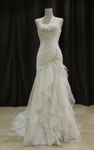 Essense Of Australia 5500 Wedding Dress