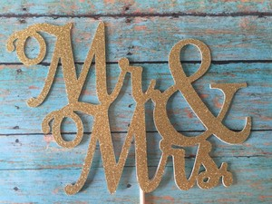 Mr. & Mrs. Wedding Cake Topper