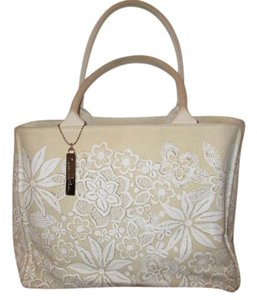 Oscar de la Renta Cotton Canvas Floral Tote in beige & white
