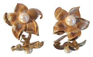 Other Vintage Gold Plated Faux Pearl Clip Earrings