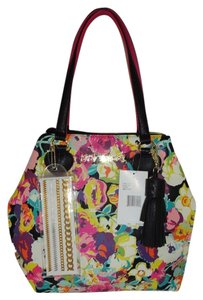 Betsey Johnson Xl Tote in FLORAL
